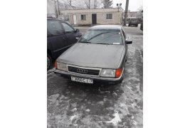 Audi 1OO (1987)